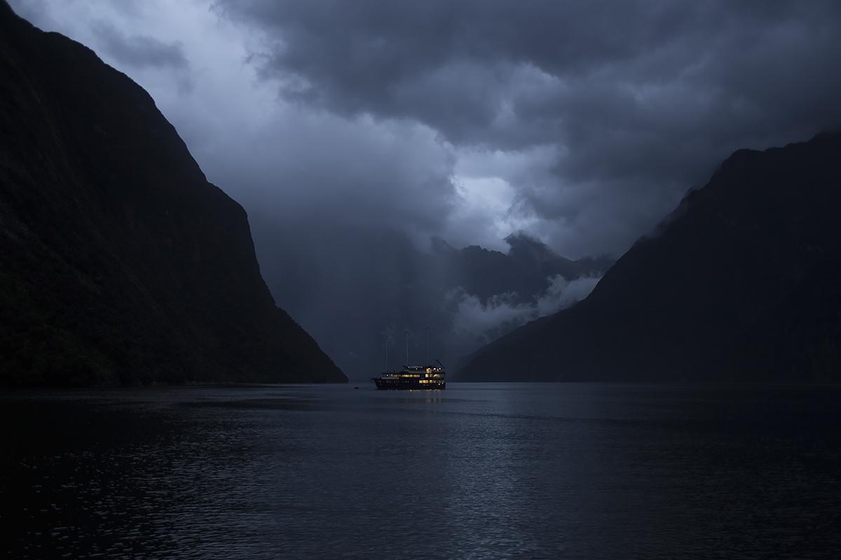 00_NZ boat